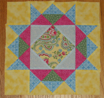 Memory Wreath quilt block